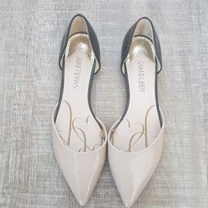 Patent pointy-toed flats, size 8.5